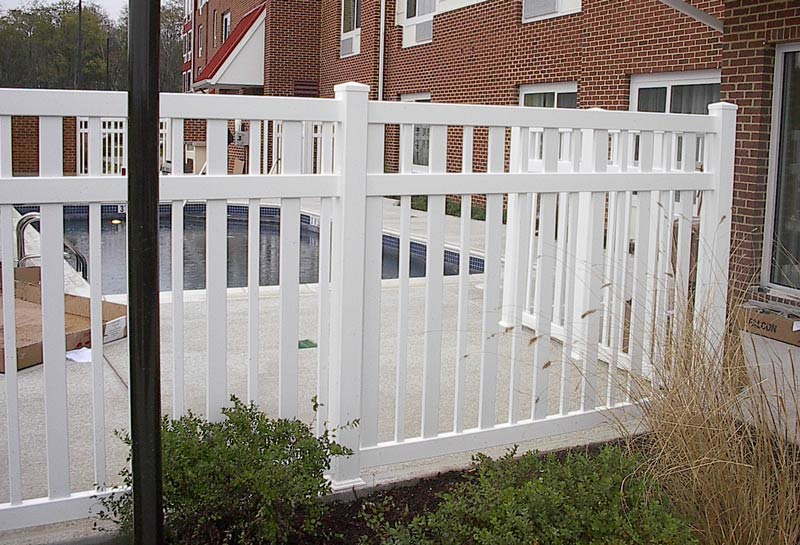 Prizm Vinyl Corporation Johnstown Style Contemporary Fence